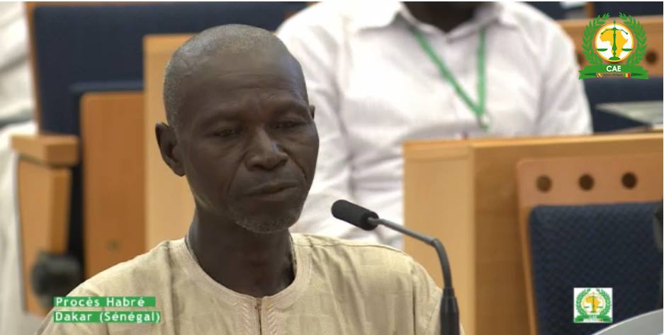 Insolite Direct procès Habré: le portable du témoin Doungous Batil sonne (mis à jour)