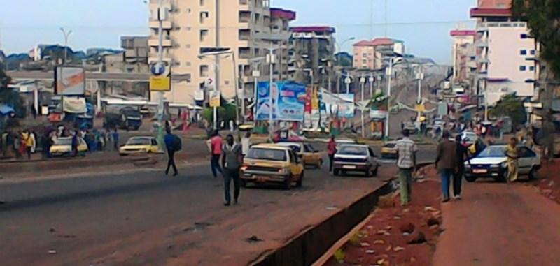 Guinée - Calme précaire à la veille de l'élection présidentielle: 2 visages de Conakry à J-1