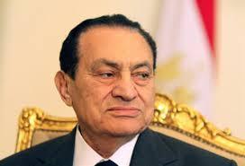 La justice égyptienne ordonne la remise en liberté des deux fils de l'ancien président déchu Hosni Moubarak