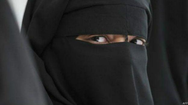 60 femmes arrêtées pour port de la burqa