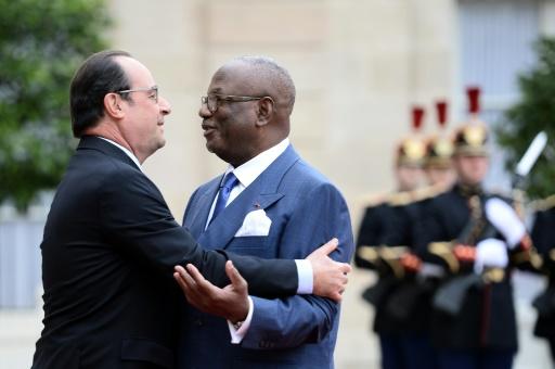 """Mali: le président nie avoir eu des """"relations d'affaires"""" avec Michel Tomi"""