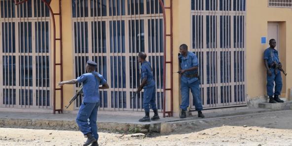 Burundi : 9 personnes tuées à Bujumbura, les quartiers contestataires se vident