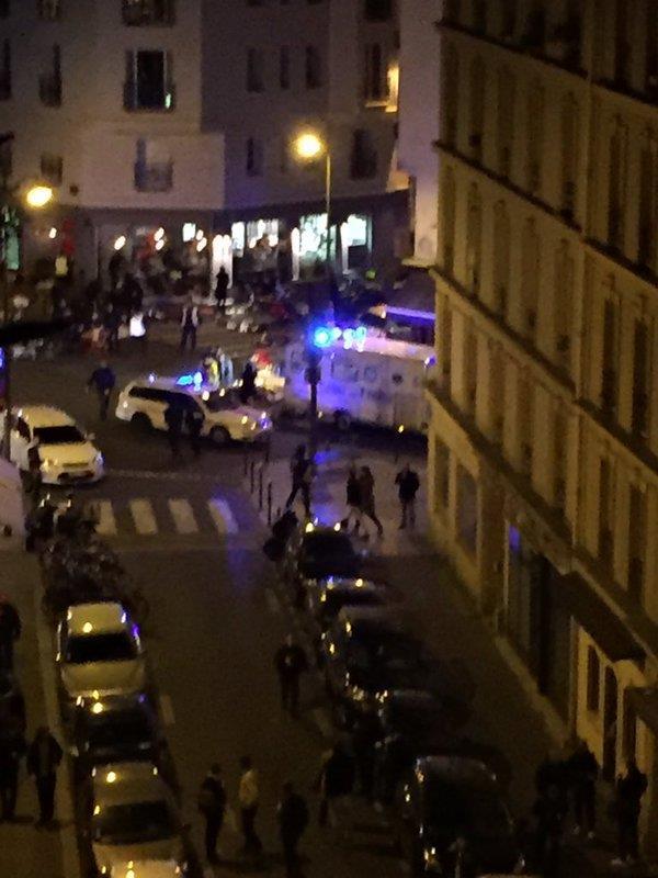 Direct Paris: Raid autour du Bataclan où la prise d'otages est confirmée