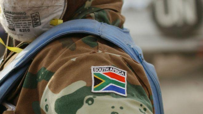 Afrique du Sud: L'armée renvoie 47 casques bleus