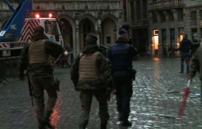 Menaces terroristes : Bruxelles sera à l'arrêt lundi, avec métros et écoles fermés (officiel)