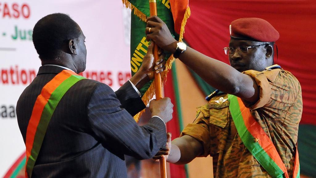 Fin de la transition burkinabè, forte d'une réforme anti-corruption