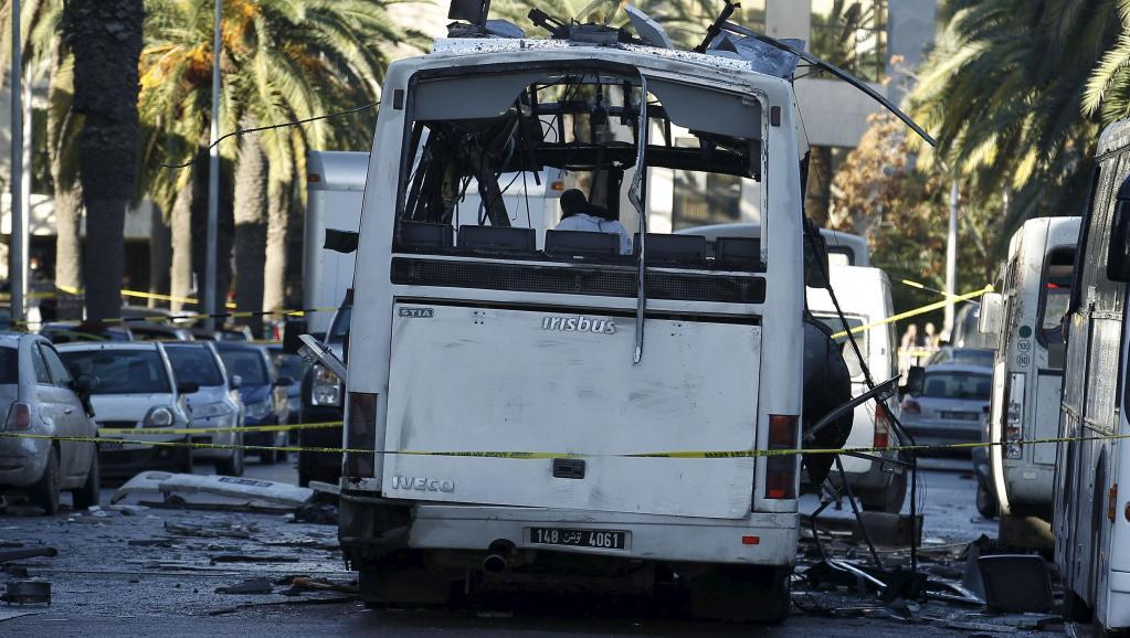 La Tunisie ferme sa frontière avec la Libye