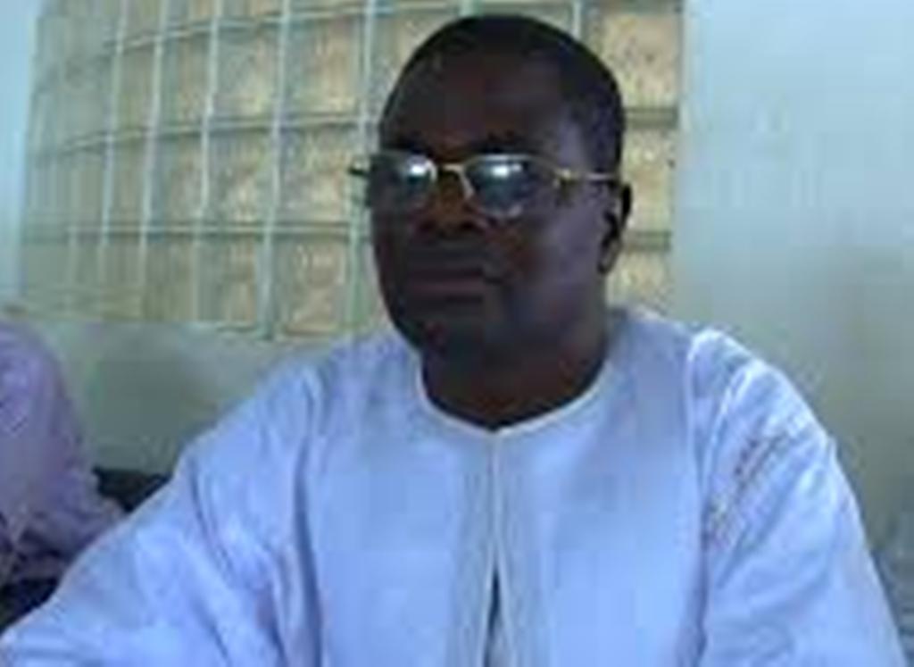 Touba: le maire dégaine pour Macky