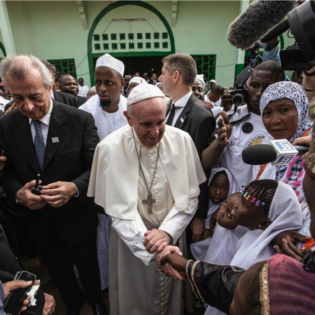 """Pape : """"chrétiens et mulmans sont frères"""""""