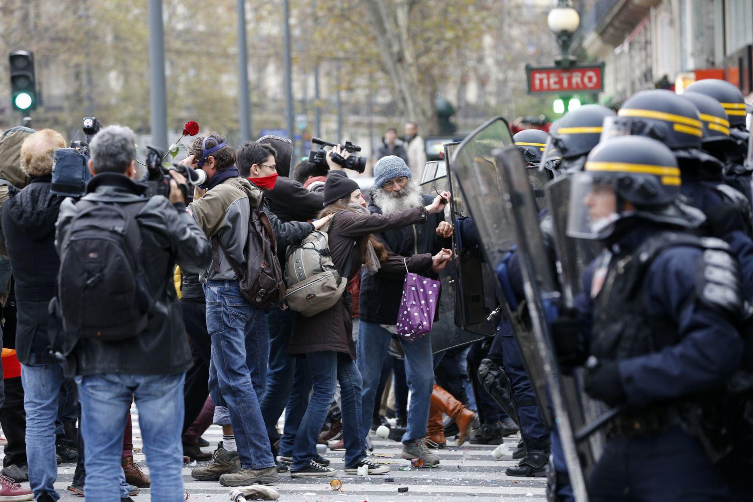 Echauffourées à Paris : 341 interpellations dont 317 gardes à vue