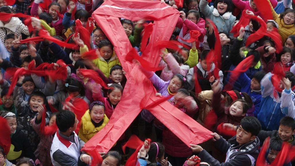 Lutte contre le sida: la trajectoire de l'épidémie est brisée