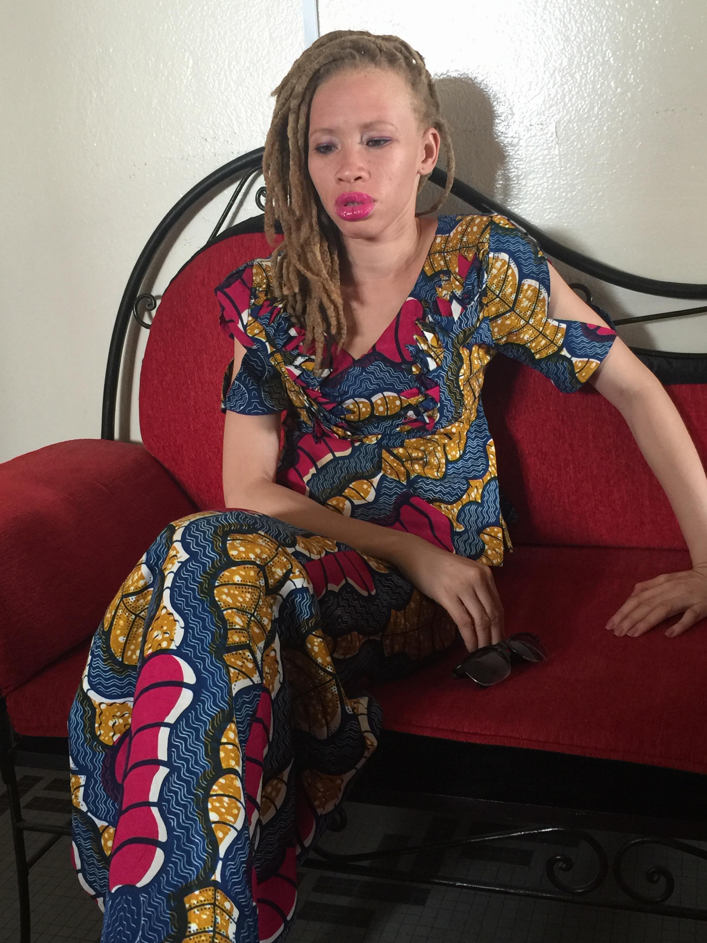 Carte de vœux de l'Albinos: une action de grande portée humanitaire