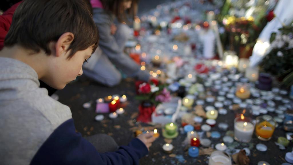 Attentats du Bataclan: le troisième kamikaze identifié