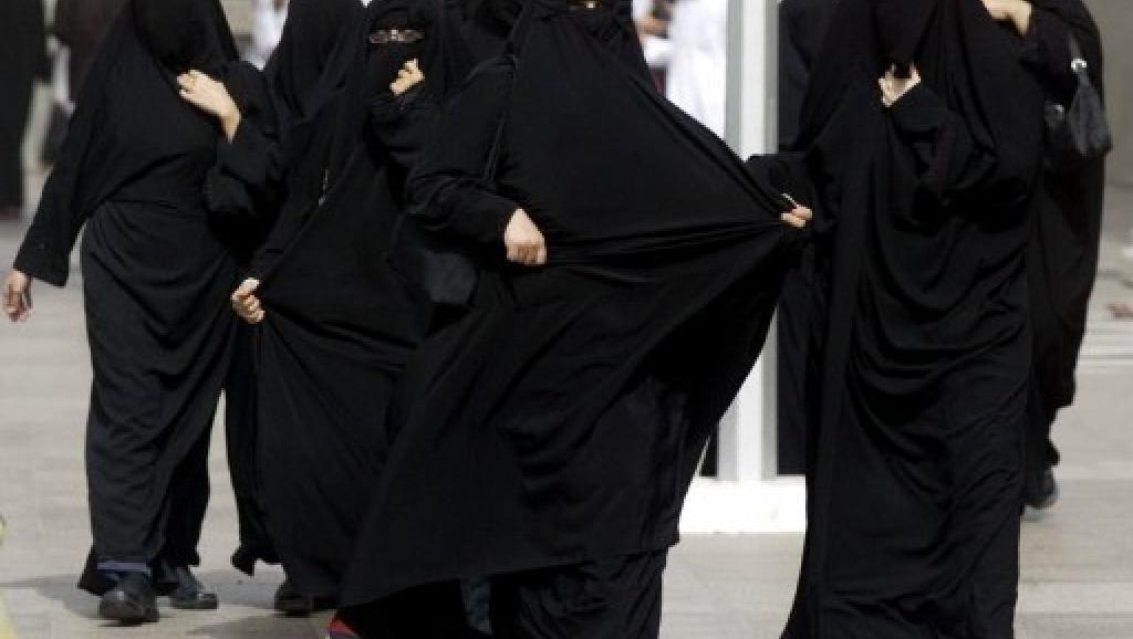 Arabie: fin de la première campagne électorale ouverte aux femmes