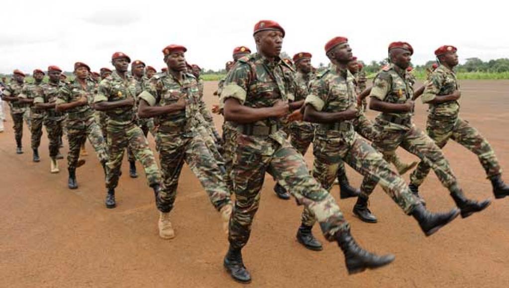 Mali: les familles des bérets rouges veulent des avancées judiciaires