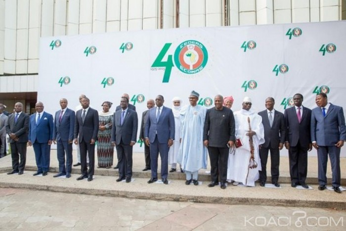 Cedeao: Sommet d'Abuja: Mots de Buhari, des fleurs à Kafando