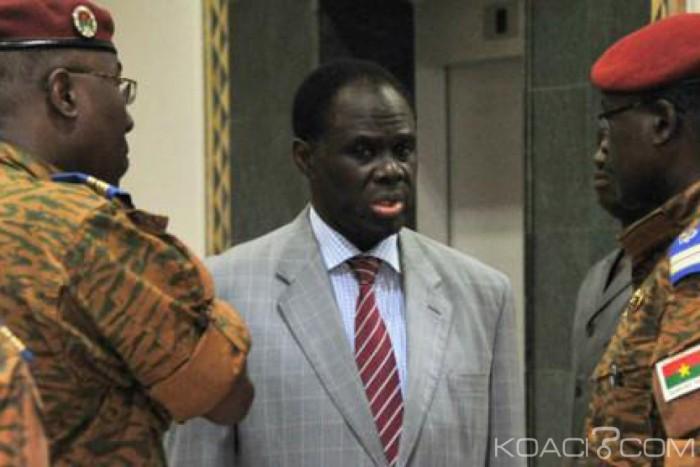 Burkina Faso: Des anciens ministres mis en accusation pour «détournements» et «complicité» avec les ex-putschistes
