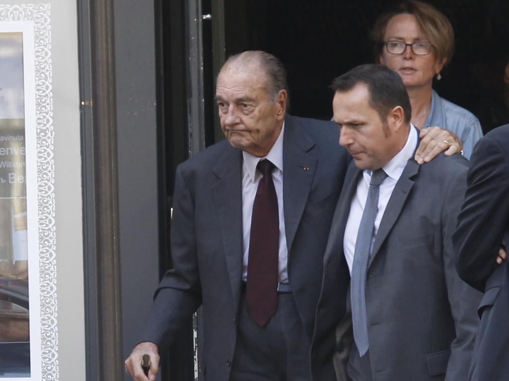 Jacques Chirac bientôt sorti de l'hôpital : Il va de mieux en mieux.