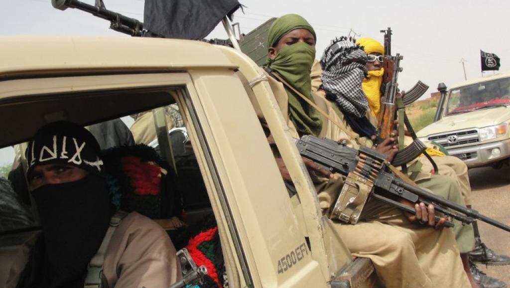 Mali: Ansar Dine revendique une attaque contre ses ex-alliés de la CMA