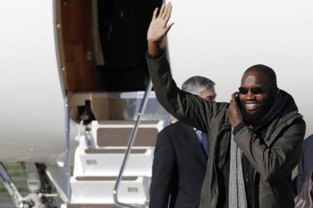L'ex-otage français porte plainte - Thierry Dol en quête de vérité
