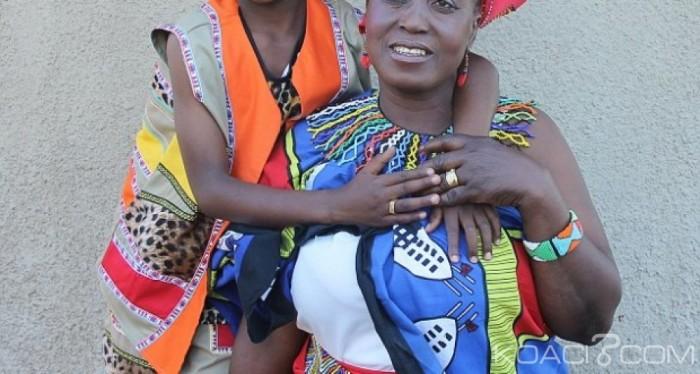 Afrique du Sud: Deux lesbiennes se marient dans la pure tradition