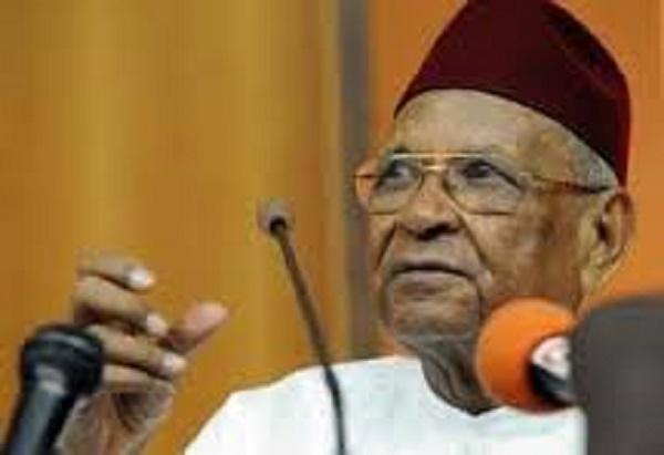 Amadou Makhtar Mbow : «Lamine Diack a contribué au financement des Assises nationales, mais il l'a fait en 2008 »