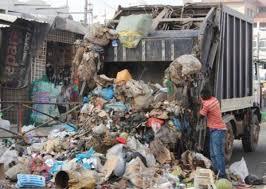 Gestion des ordures: les travailleurs mettent en garde contre toute idée de suppression d'emploi