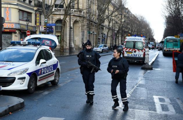 France-Un homme abattu par la police devant un commissariat de Paris