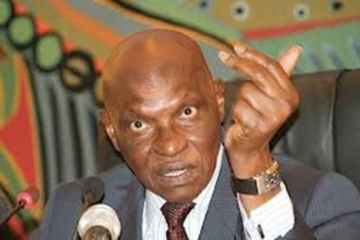 Pourquoi l'élection de 2012 est un «problème politique » selon Me Wade ?