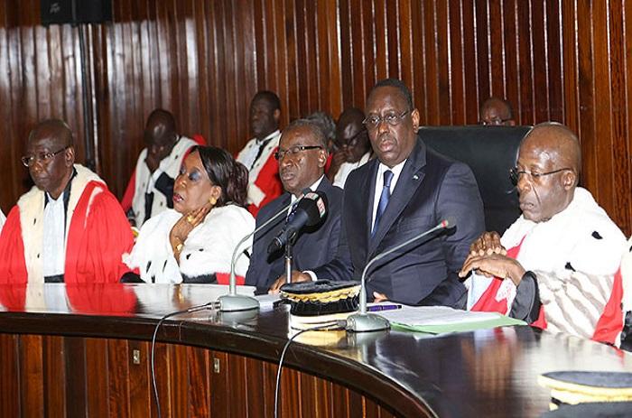 Collectivités locales : les juristes tancent l'Etat.