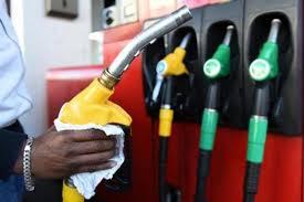 Le prix du carburant revu à la baisse: 50 F CFA sur le Gasoil et 40 F CFA sur le Super
