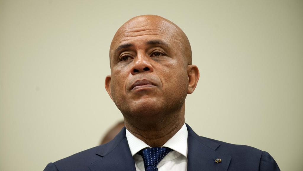 Elections en Haïti: Michel Martelly maintient le second tour dimanche