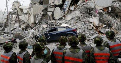 Taïwan : Au moins 12 morts dans un puissant séisme d'une magnitude de 6,4