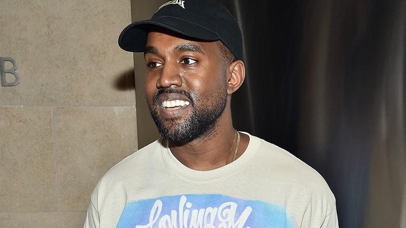 Endetté, Kanye West demande de l'aide à Mark Zuckerberg