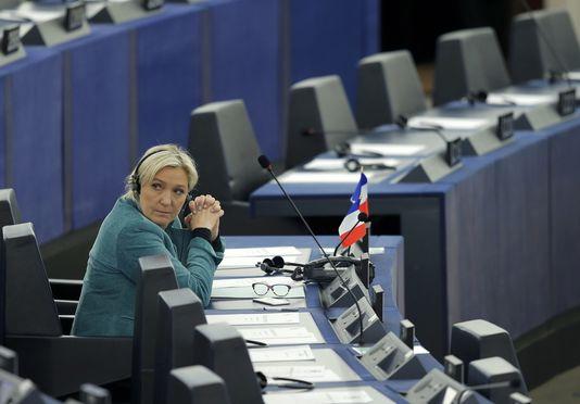 Affaire des assistants du FN au Parlement européen: le siège du parti perquisitionné