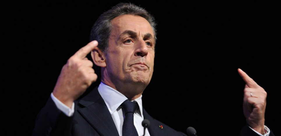 Sarkozy mis en examen: les sarkozystes gardent la foi en leur champion