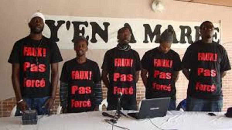 """Attaques contre Macky Sall: levée de boucliers contre """"Y'en a marre"""""""