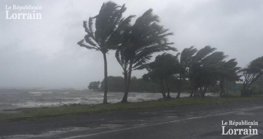 Intempéries: les îles Fidji attendent des rafales de vent allant jusqu'à 315 km/h