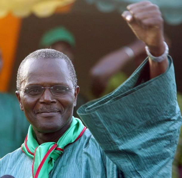 Référendum : Ousmane Tanor Dieng «corrige» les partisans du Non.