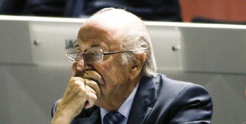 Sepp Blatter a réagi avec étonnement à la perquisition au siège de la FFF. (Reuters)