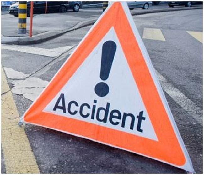 Accident: Tentant d'éviter le cortège présidentiel, un car rapide heurte un élève