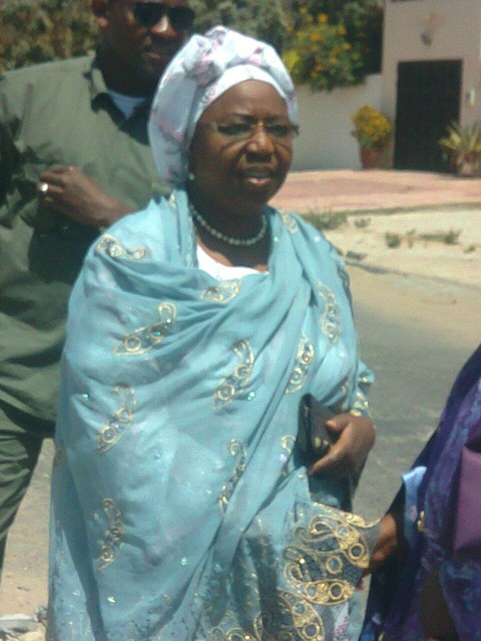 Échauffourées à Gibaltar : Awa  Marie Coll Seck déplore la violence entre le camp  de Bamba  Fall  et de Seydou Gueye