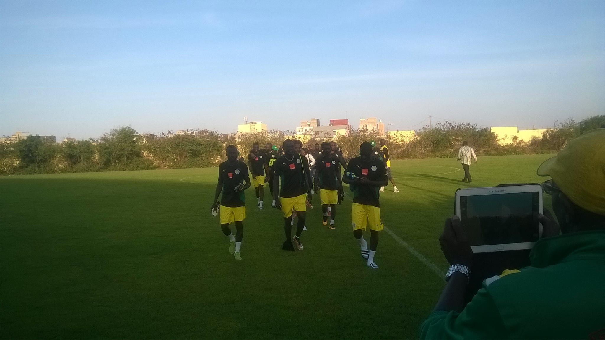 """Sénégal / Niger - 2ème galop d'entraînement des """"Lions"""": Aliou Cissé insiste sur le bloc équipe"""