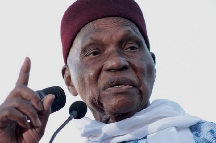 Me Abdoulaye Wade: «On m'a volé tout mon argent et tout le monde le sait».