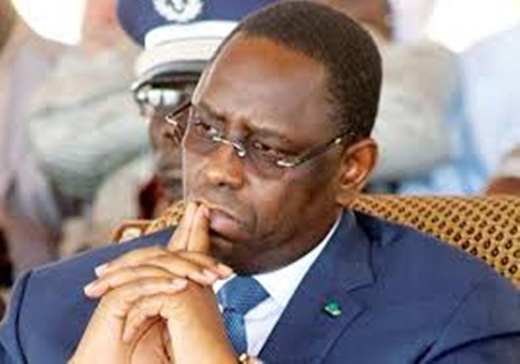Rumeurs de remaniement ministériel: la psychose s'installe