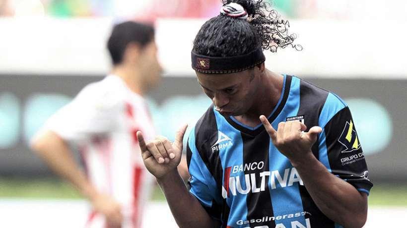 Ronaldinho en route pour le nouvel eldorado
