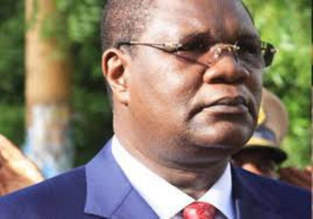 """En partance vers le """"Macky"""" : L'APR rejette Me Ousmane Ngom"""