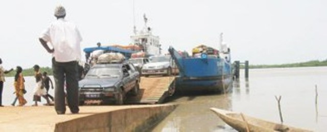 Axe Dakar-Banjul : Une délégation gambienne séjourne à Dakar pour des négociations en vue de la levée du blocus