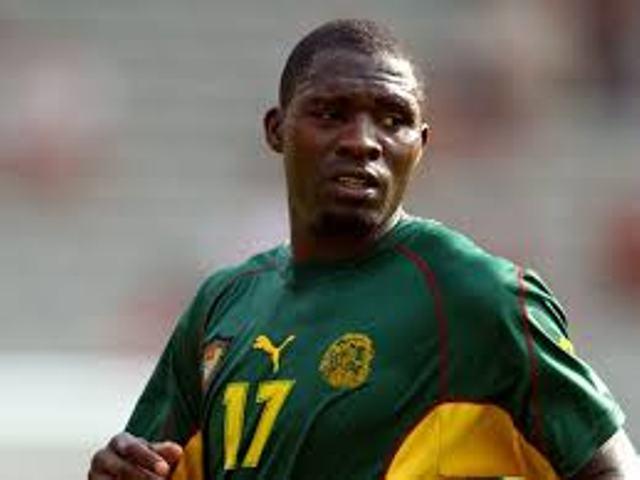 Football : Bayal Sall et Cheikh Ndoye en course pour le prix Marc-Vivien Foé