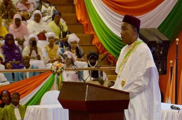 Niger: le Président Issoufou officiellement investi pour un second mandat